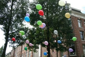 Buildings with Balloons